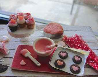 Dollhouse miniatures Valentines baking