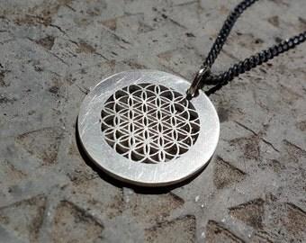 Flower power-Flower of life-Sacred Geometry-Seed of Life-geometric necklace-Metatron pendant-Mens geometric necklace-MJ