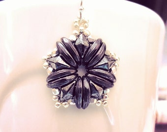 "READY TO SHIP Hematite and Metallic Amethyst DiamonDuo Beadweaving Earrings ""Diamonds in Stars"""