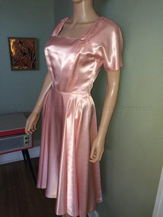 1950s Elegant Pink Satin Brocade Party Dress-S