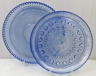 """Set of 2 Vintage Blue Pressed Glass Round Serving Platters 12"""" & 11"""", Nest Well for Storage in Very Good Condition, Indiana Diamond Point"""