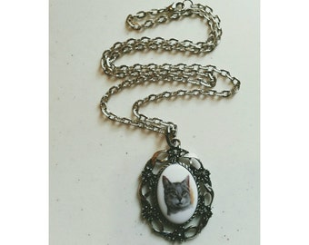 Sweet Kitty Cameo Necklace