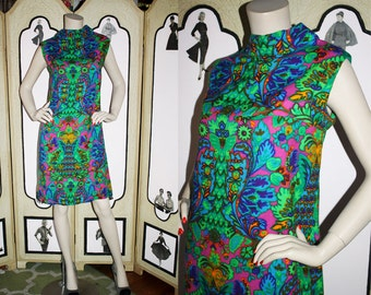 1960's Colorful Thin Wool Shift Dress. Medium to Large.