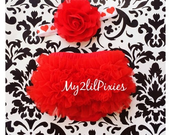 Baby BLOOMER and Baby Girl HEADBAND set. Ruffle Bum Baby BLOOMER Set, Valentine Set- Newborn Photo Prop,ready to ship! Deal of the day!