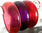 3 Vintage Wide Bangle Bracelets Chunky Glitter Lucite Plastic Pink Red Purple