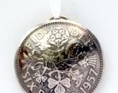 UK Angleterre six pence Shamrock Rose Wedding Bridal chance pendentif bijoux Vintage collier anglais britanniques de pièce Unique charme perle monde