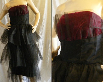Vtg 1960s strapless Shelf Bust wiggle dress in Black Taffeta & tulle and Dark wine velvet Small Medium