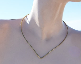Vintage Raw Brass V Front Wire Choker Necklace Blank