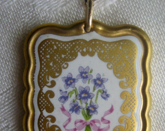 Vintage necklace, lovely hand painted design on porcelain with gilt painted frame