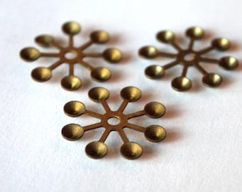 3 Vintage 1960s Snow Flake Stampings // Rhinestone Setting //  50s 60s Craft Jewelry Supply // Starburst // Winter Wonderland