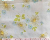 Full Vintage Flat Sheet with Daisy Floral