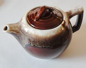 1 Vintage McCoy Stoneware Brown Drip Teapot w/ Lid - EXCELLENT Condition - Retro Mod Kitchen Country Cottage Cabin Wedding Housewarming Gift