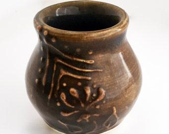 Tiny Vase in Amber Brown