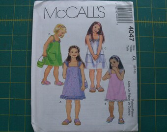 McCall's 4047 Girls Dresses and Bag Sizes 6 7 8 Sewing Pattern