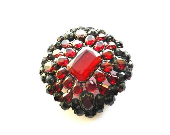 Fabulous HUGE Victorian Garnet Glass Rhinestone unique Brooch-high quality Italian 30s large Brooch with open back unfoiled stones-Art.430/4