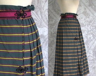 Vintage 1980s Skirt Below the Knee Midi 80s Wrap Skirt Green Striped Cotton Gathered Waist Skirt Womens Size Small