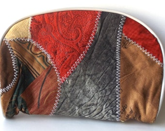 vintage 80's makeup bag patchwork suede multi-colored purse small zipper zips womens fashion retro modern boho hippie red grey accessories
