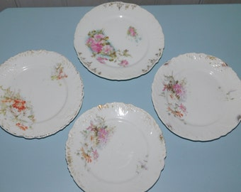 Antique cake plates floral motif/small dessert plates/floral decoration on white background
