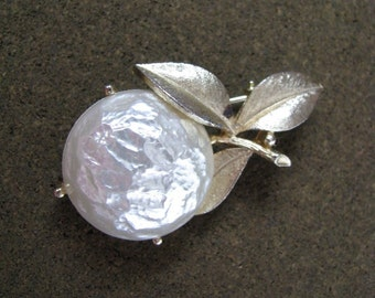 Vintage Pearl Bloom apple or cherry brooch pin Sarah Coventry