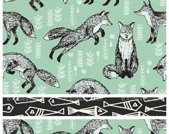 Aqua Fox & Black Fish Interchangeable DPN Needle Spillproof Knitting Needle Organizer Case Roll Wolf Bear Deer