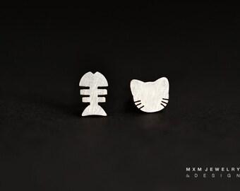 Sterling Silver Cat/Kitty Head & Fish Bone Stud Earrings
