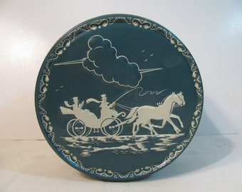 Vintage Christmas Fruit Cake Tin w/ Raised Image of a Horse and Carriage - Victorian - Great Condition