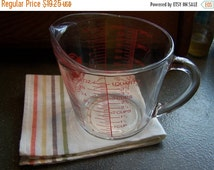 SALE Vintage 1 QT 4 Cup Measuring Cup, Oven Basics, Red Letter, Anchor Hocking