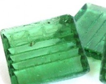 S17070 Green Transparent Glass Tile-25 pc