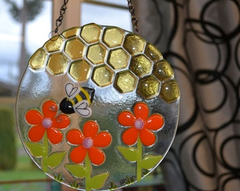 Bumble Bee, Flowers Suncatcher, Fused Glass, Bee Keeper Gift, Gardener Gift