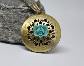 Antique Brass Filigree Locket Necklace, Teal Blue Flower Necklace, Scent Locket, Round Brass Locket, Boho Blue Floral Necklace, Jewelry Gift