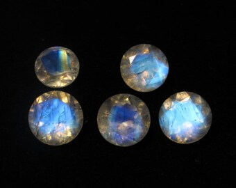 Rainbow MOONSTONE - AAAAA - High Quality So Gorgeous  Round Cut  Stone Super Sparkle Full Blue Flashy Fire size 10x10 mm - 5 pcs