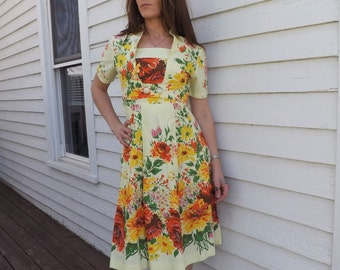 50s Yellow Floral Print Dress Vintage 1950s Cotton Day Summer XS