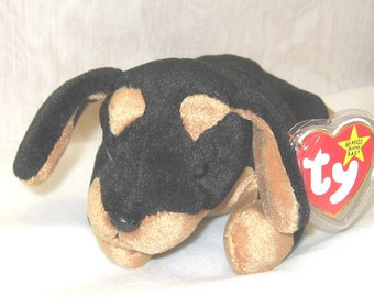 TY Beanie Baby Doby the Doberman with errors - 106