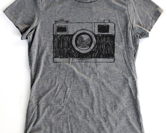 Vintage Camera Drawing T-Shirt WOMENS  -  Available in S M L XL and three shirt colors  - photography