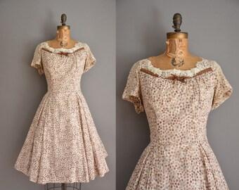 vintage 1950s dress / lace floral cottondress / 50s dress