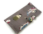 Owl checkbook cover with handmade button