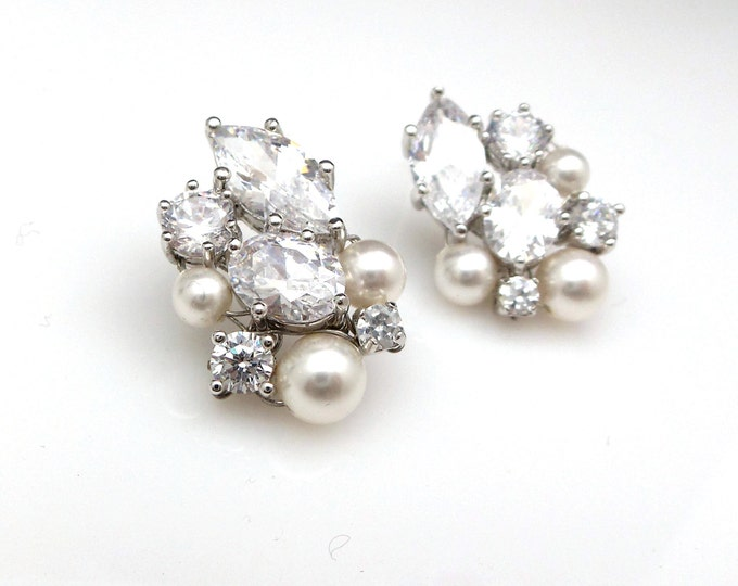 wedding bridal earrings jewelry gift prom party christmas pageant marquise oval clear white cubic zirconia pearl cluster rhodium post stud