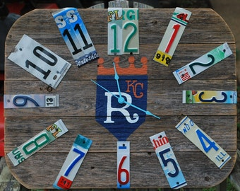 Wood Fence Panel Clock,Custom Clock,Hand Painted,Customized Wall Clock,Rustic Wall Clock,Sports Team Clock,License Plate Decor,boys room