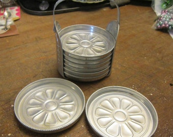8 vintage aluminum coasters with coaster caddy - floral pattern, flowers