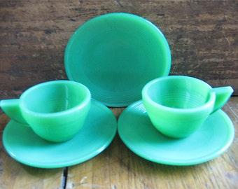 Vintage Art Deco Child's Jadite Akro Agate Play Time Glass Dishes Tea Set Five Pieces
