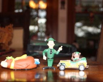 Yogi Bear and Ranger Smith toys