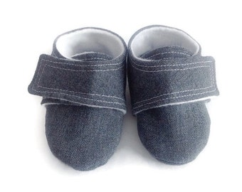 Gray Baby Shoes with straps | Newborn size up to 4T