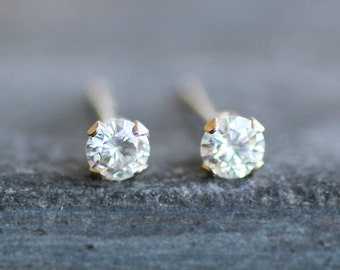Moissanite Stud Earrings in 14K Solid Gold Setting -3mm Conflict-Free Diamond Alternative