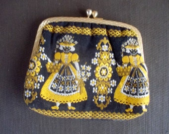 Vintage Michiko Kuge Originals Embroidered Clutch Purse Black and Yellow