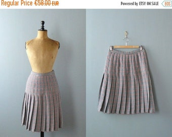 40% OFF SALE // Vintage pleated skirt. 1970s wool skirt. 70s gingham skirt