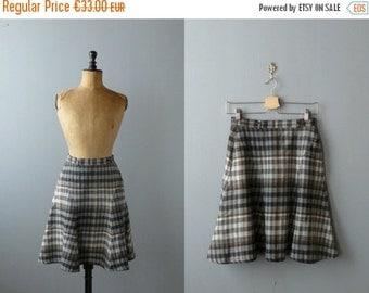 40% OFF SALE // Vintage plaid skirt. 1970s wool skirt. 70s miniskirt