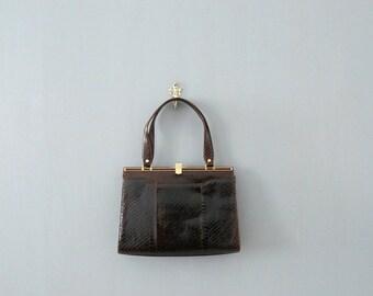 CLOSING SHOP 50% SALE / Vintage 1960s handbag. 60s snakeskin brown bag. deadstock vintage handbag