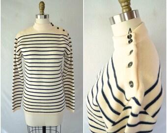 vintage preppy sweater cream and navy stripe sweater / nautical winter pullover / small medium