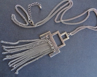 1970s long/adjustable chrome necklace