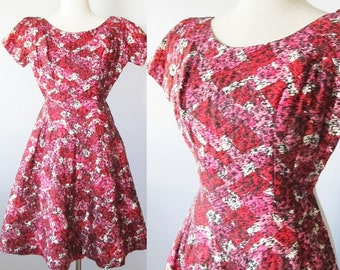Vintage 1950's Formal Party Dress / Beautiful Pink and Red Quilted Mini Prom Cocktail Dress / Circle Skirt Bridesmaid Size Small